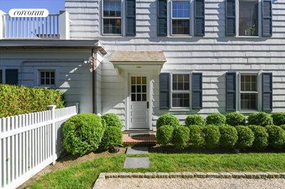 The Hamptons Real Estate | View 296 Little Plains Road | room 11