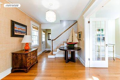 The Hamptons Real Estate | View 296 Little Plains Road | room 23