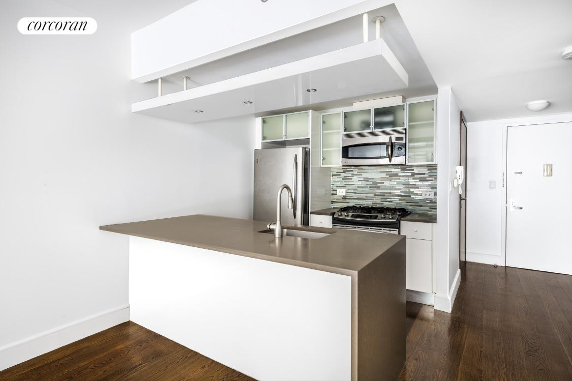 Apartment for sale at 21-24 30th Avenue, Apt 2D
