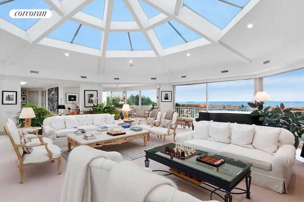 The Hamptons Real Estate | View 1750 Meadow Lane | room 1