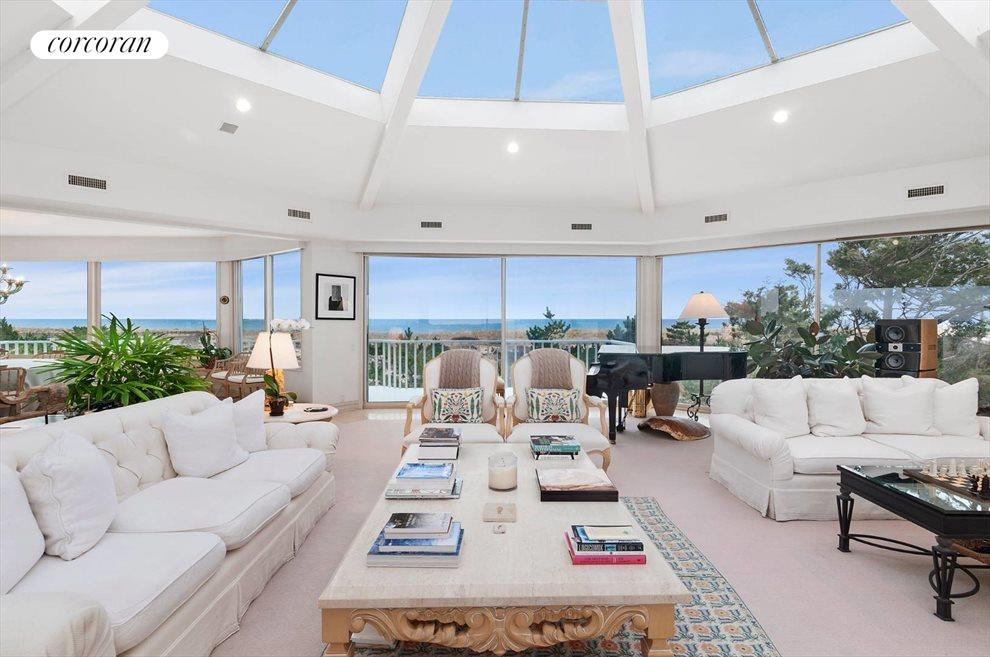 The Hamptons Real Estate | View 1750 Meadow Lane | room 3