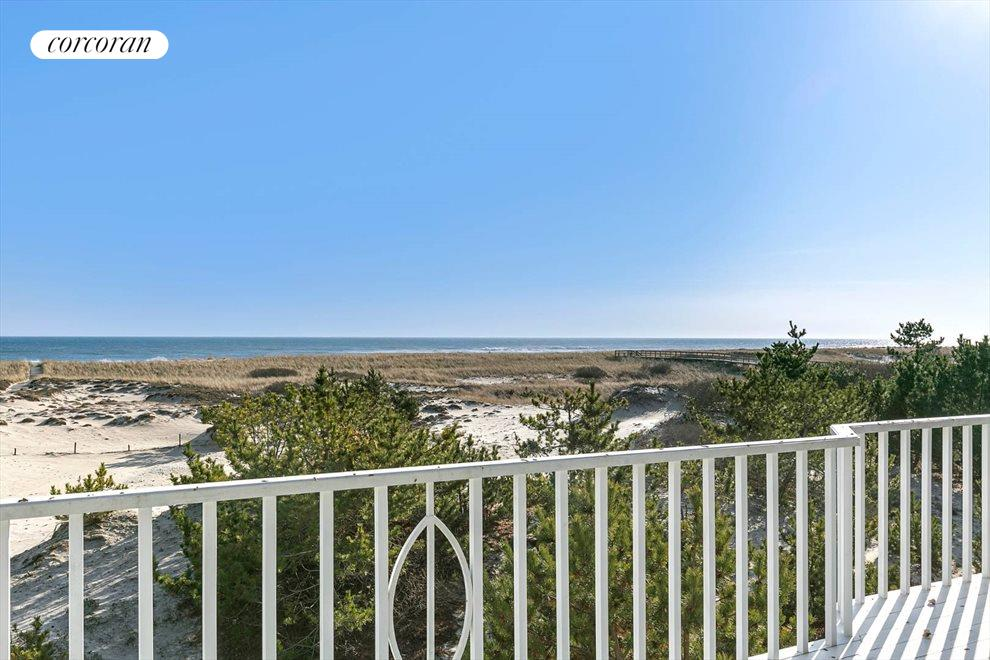 The Hamptons Real Estate | View 1750 Meadow Lane | room 14