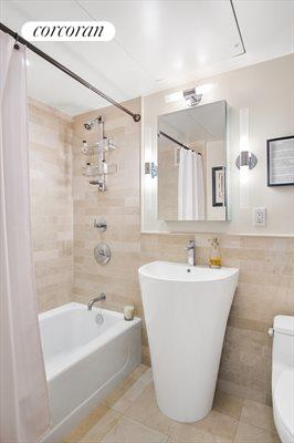 New York City Real Estate | View 200 East 66th Street, #A17-01 | Bathroom