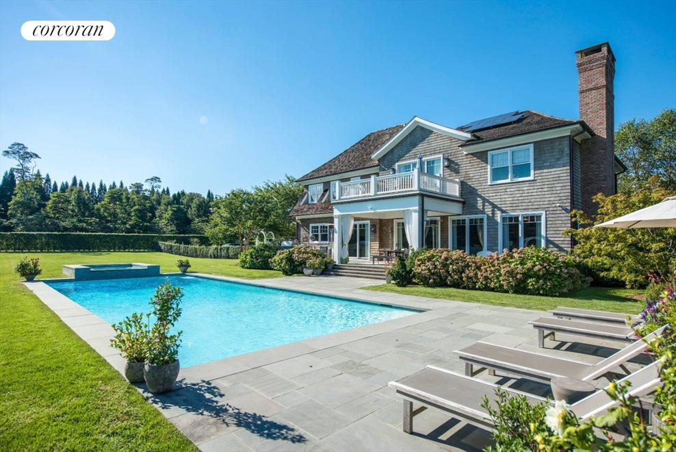 The Hamptons Real Estate | View 1109 Head of Pond Road | 50 x 20 saltwater