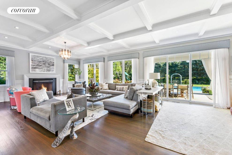The Hamptons Real Estate | View 1109 Head of Pond Road | Living