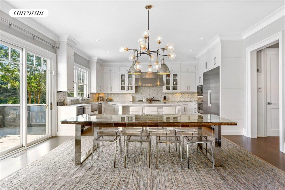 The Hamptons Real Estate | View 1109 Head of Pond Road | Breakfast