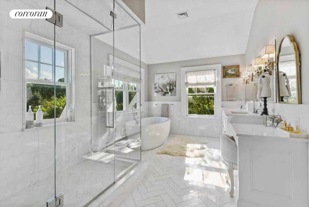The Hamptons Real Estate | View 1109 Head of Pond Road | Master Bath
