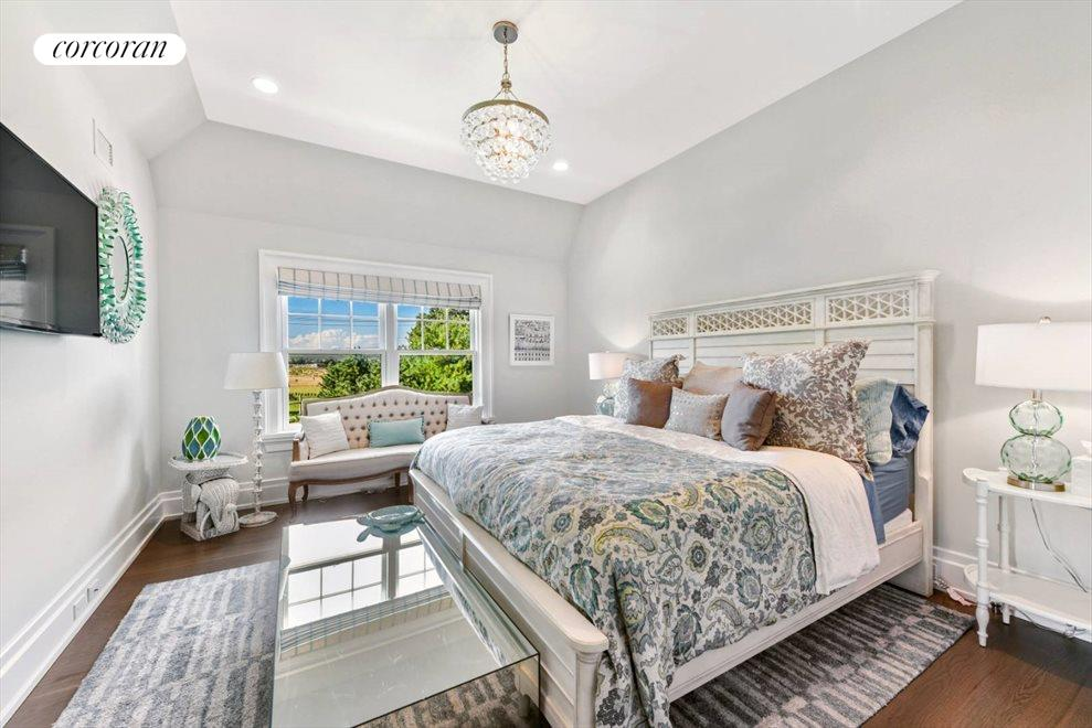 The Hamptons Real Estate | View 1109 Head of Pond Road | Bed 5 Ensuite