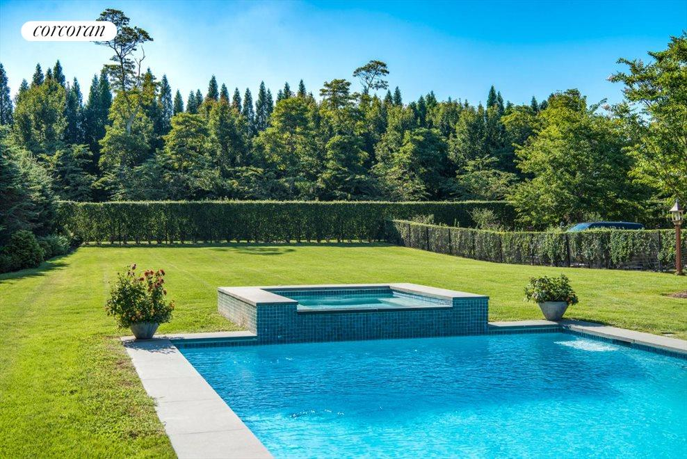 The Hamptons Real Estate | View 1109 Head of Pond Road | Spa