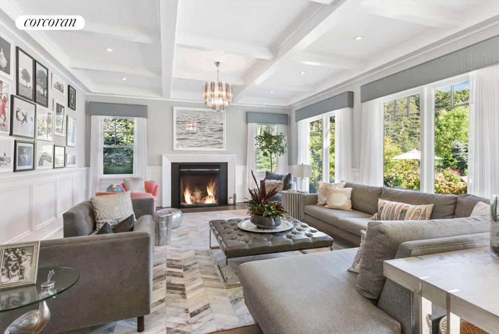 The Hamptons Real Estate | View 1109 Head of Pond Road | Living v4