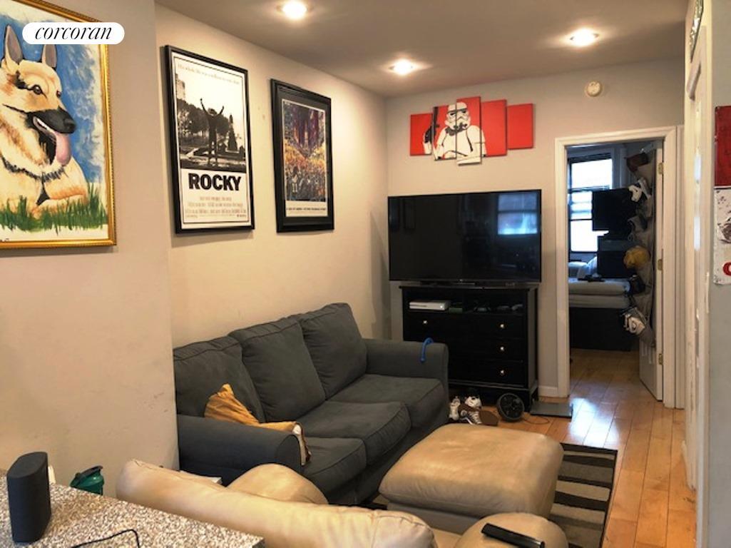 507 Grand Street Interior Photo