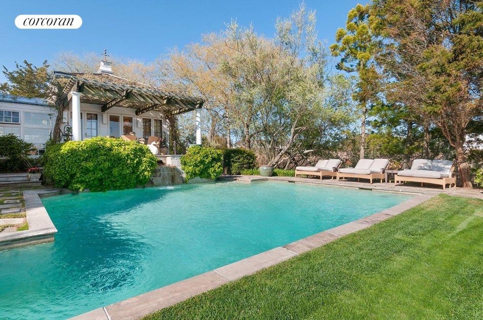 The Hamptons Real Estate | View 111 Pointe Mecox Lane | room 3