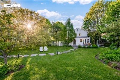The Hamptons Real Estate | View 384 Main Street | Wide Open Grassy Lawn