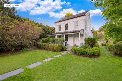 The Hamptons Real Estate | View 384 Main Street | Greek Revival Entry