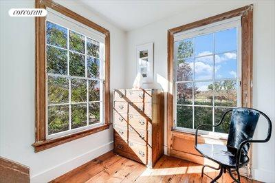 The Hamptons Real Estate | View 384 Main Street | Second Floor Landing