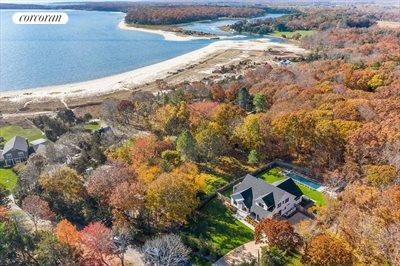 The Hamptons Real Estate | View 50 Teepee Trail | 4 Beds, 4 Baths