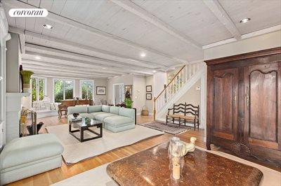 The Hamptons Real Estate | View 21 Basket Neck Lane | room 3