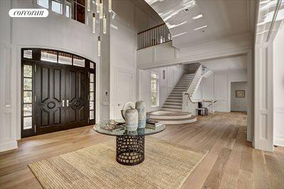 The Hamptons Real Estate | View 12 Water Mill Heights Drive | entry hall