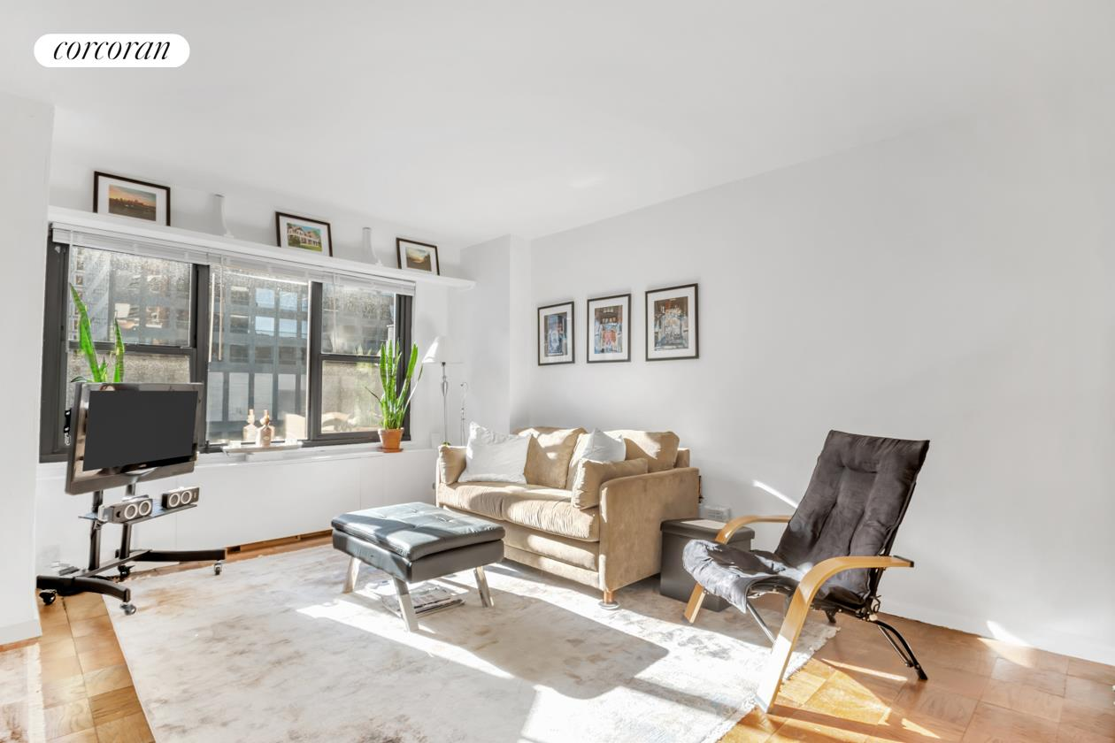 Apartment for sale at 220 East 57th Street, Apt 17-H