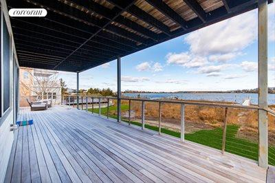 The Hamptons Real Estate | View 15 Sims Drive | room 2