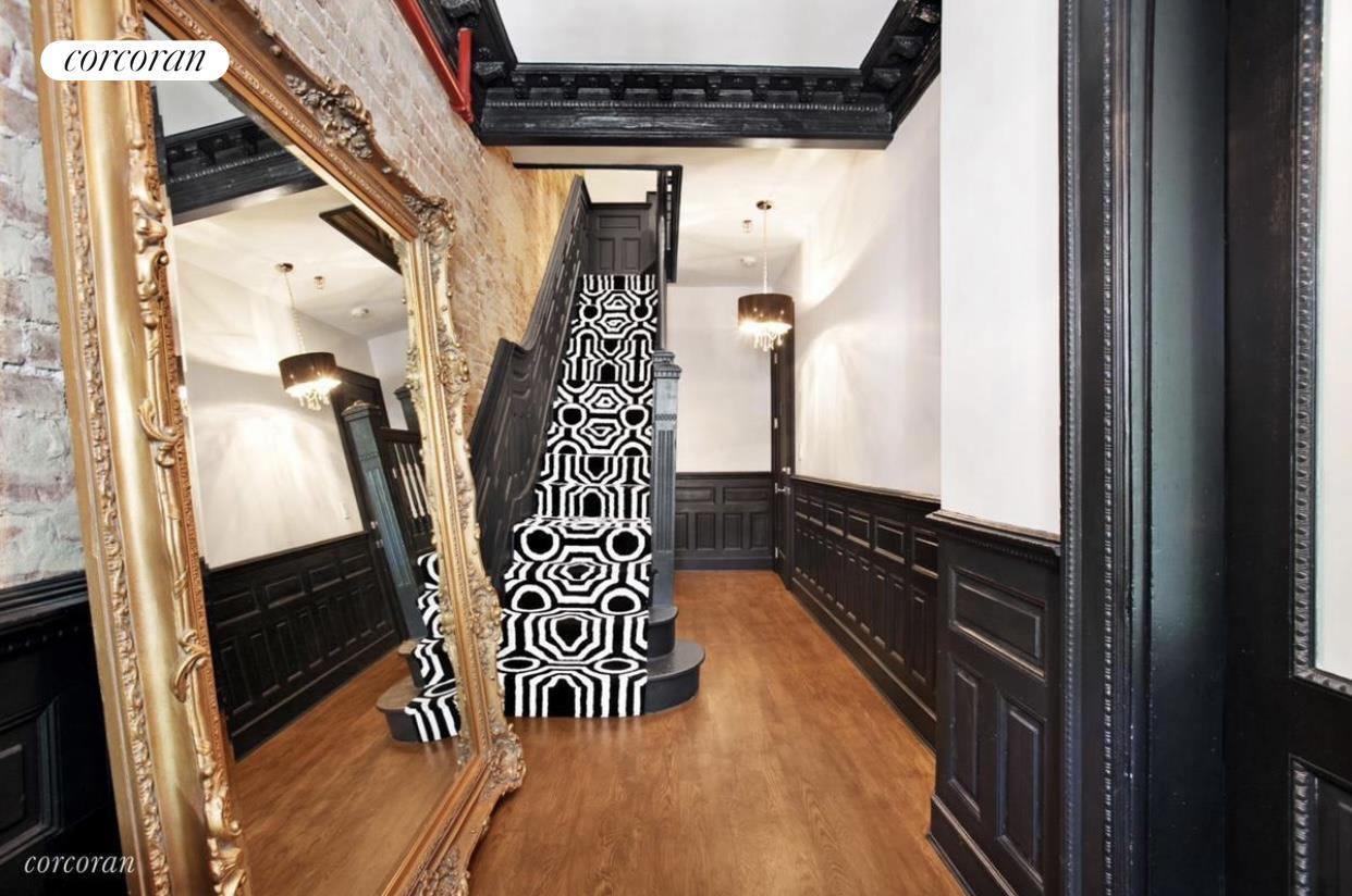266 New York Avenue Interior Photo