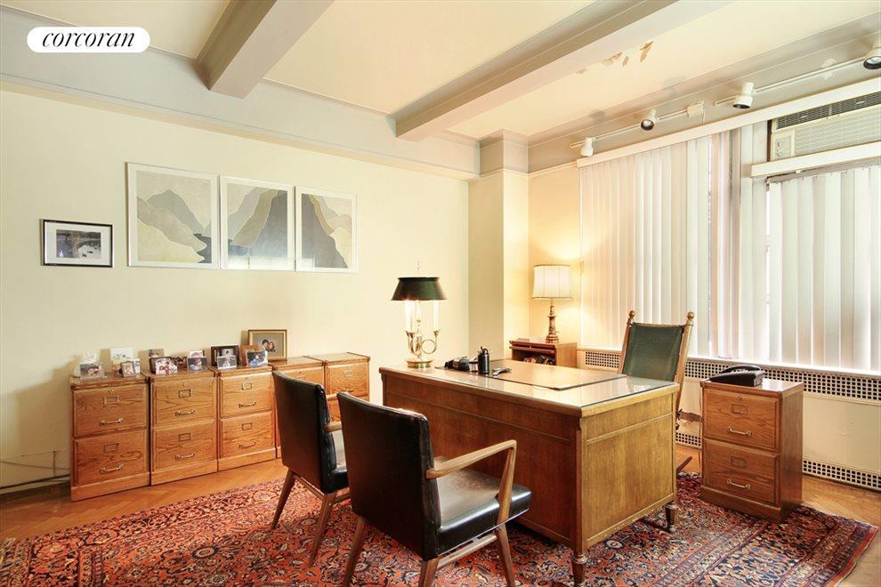 Consultation Room, 1095 Park Avenue
