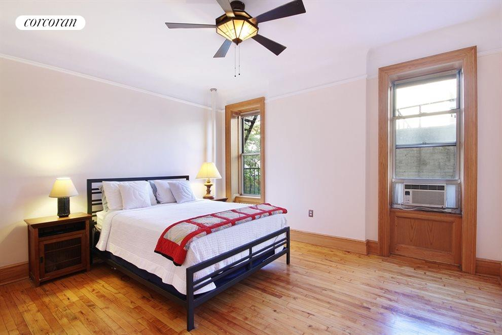 Large Bedroom with Quiet Treetop View