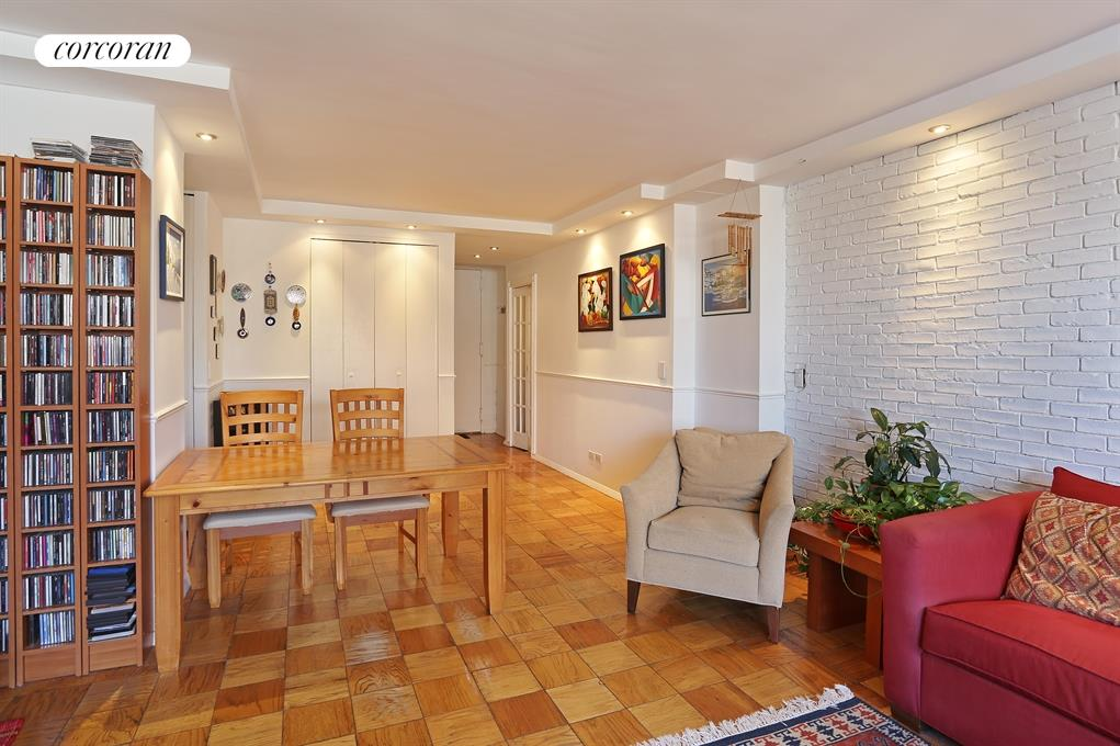 345 East 93rd Street, 30K, Living Room (with a river view)