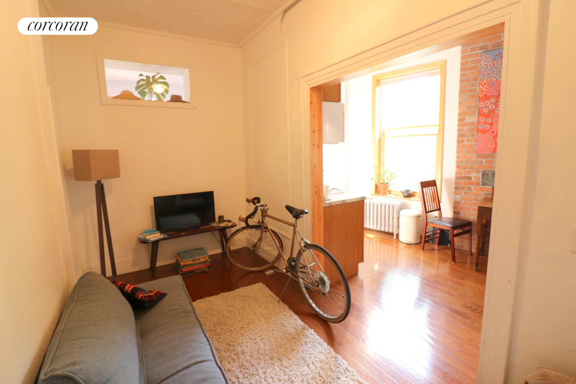 Beautiful and sunny 1 bedroom apartment on a quiet tree-lined Greenpoint block, right by the train. Spacious bedroom with 2 windows, great size kitchen/dining room, separate living/tv room. New hardwood floors, lots of natural light, exposed brick. Heat and hot water included, small pets ok. Available Asap This one will not last!