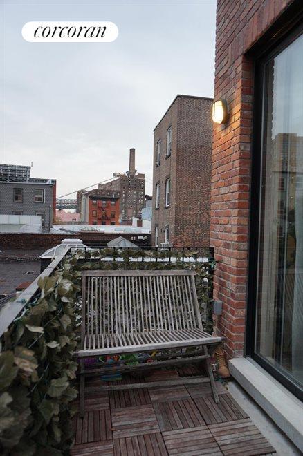 Terrace in Master BR