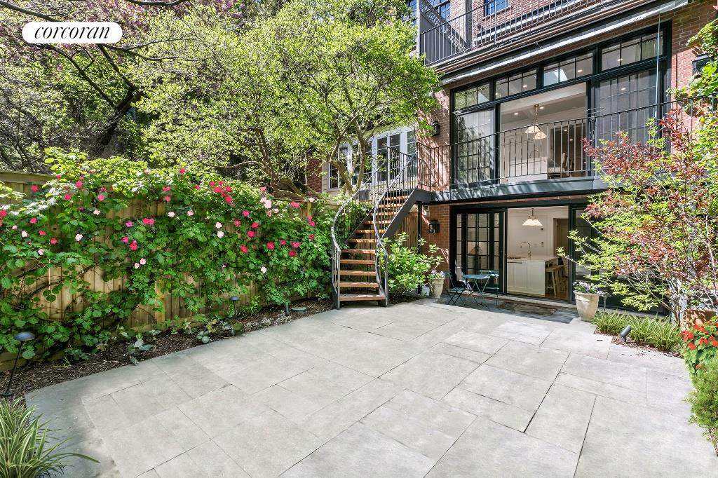 32 Perry Street W. Greenwich Village New York NY 10014
