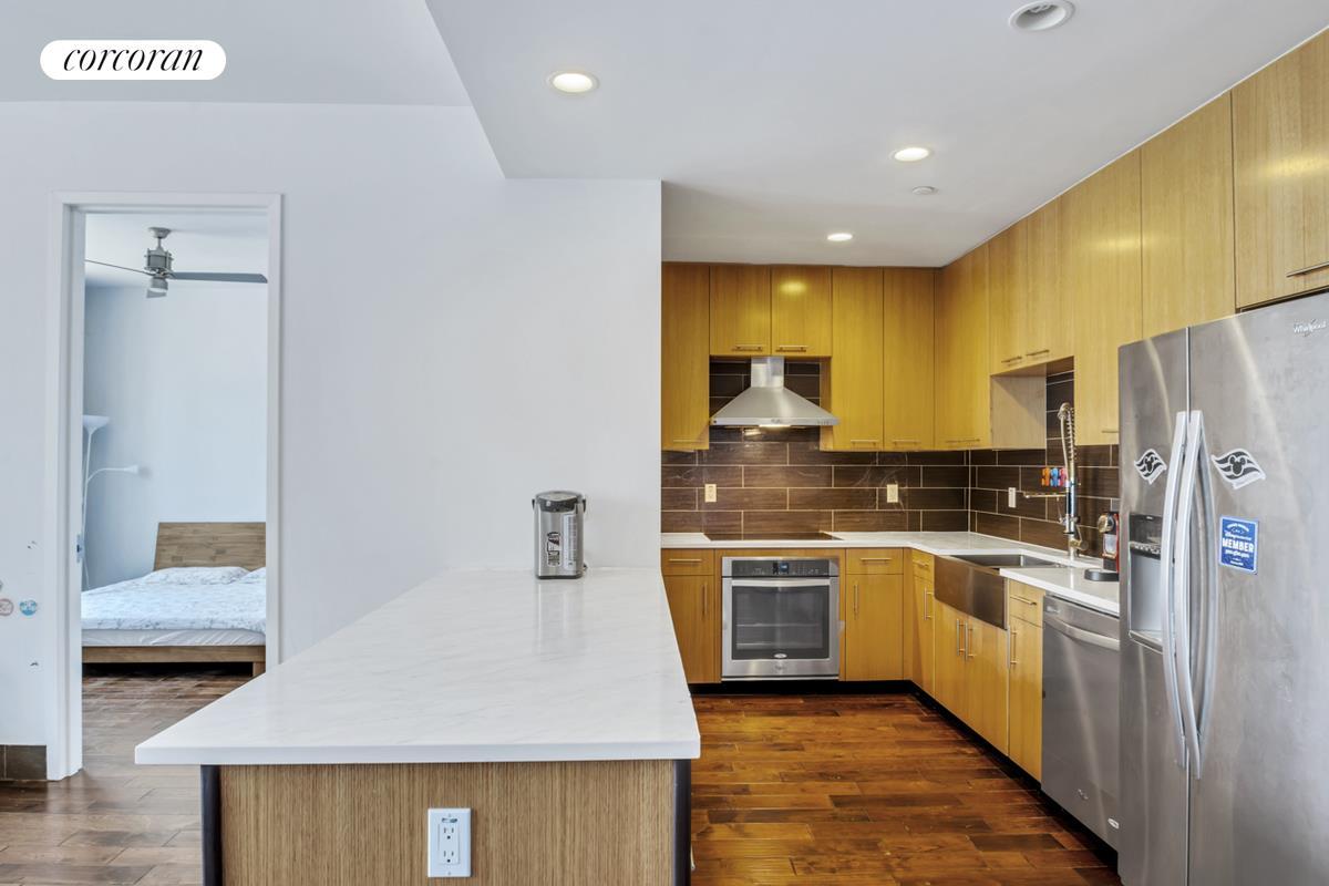 42-60 Crescent Street 8D Long Island City Queens NY 11101