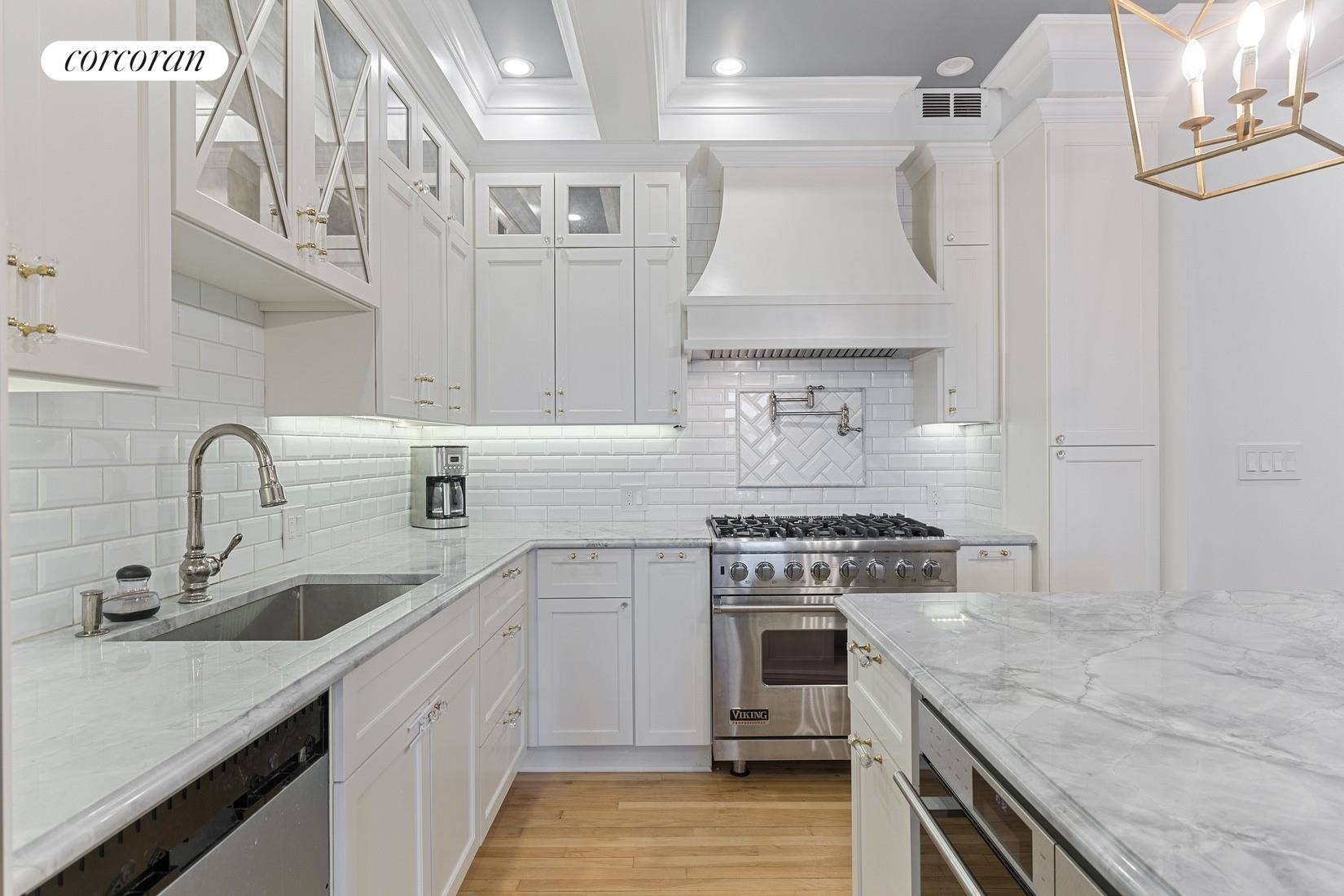60 Pineapple Street Brooklyn Heights Brooklyn NY 11201