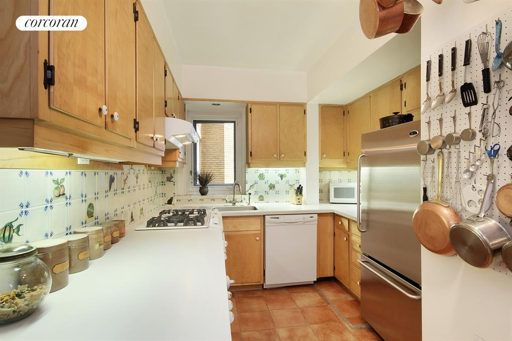 Corcoran 12 west 96th street apt 10a upper west side for Rose real estate nyc