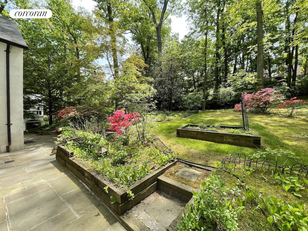 5216 Delafield Avenue Fieldston Bronx NY 10471