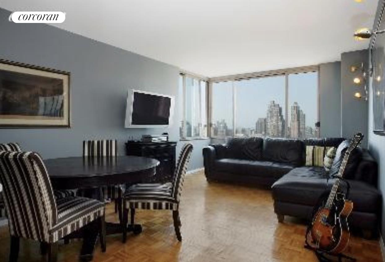 """Residence 33G is a bright, elegant one bedroom home located on the North-West corner of the floor. Open exposures from the apartment include picturesque views of the Hudson River and skyline that go all the way up to The George Washington Bridge. This spacious 639 sq ft apartment features open living space, convenient pass-through kitchen that joins food preparation & entertaining and lots of closet space including one walk-in. An oasis of calm in the heart of the city. down below is the peaceful """"Resident's only"""" courtyard. The building has eight laundry rooms, four roof decks, 24 Hour Concierge, Doorman and Resident Manager. Connected to the Building is TMPL gym with the latest technology, saltwater pool and sauna, exercise studio. Monthly and annual memberships available. The Residences at Worldwide Plaza is a full service condominium ideally located in the heart of the vibrant Manhattan's Theater District, Hell's Kitchen and the Midtown Financial District, close to Central Park, Lincoln Center, the Hudson River Park, Rockefeller Center, St. Patrick's Cathedral, numerous restaurants, museums and points of interest. The garage on the premises is available to residents for a nominal fee. Minutes to the C, E, 1, W, N, R, B, D, F and M subway lines and cross-town buses."""