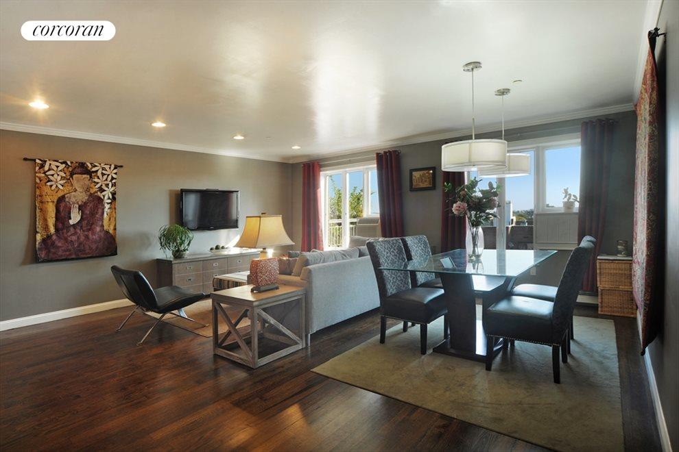 Spacious Living Room / Dining Room