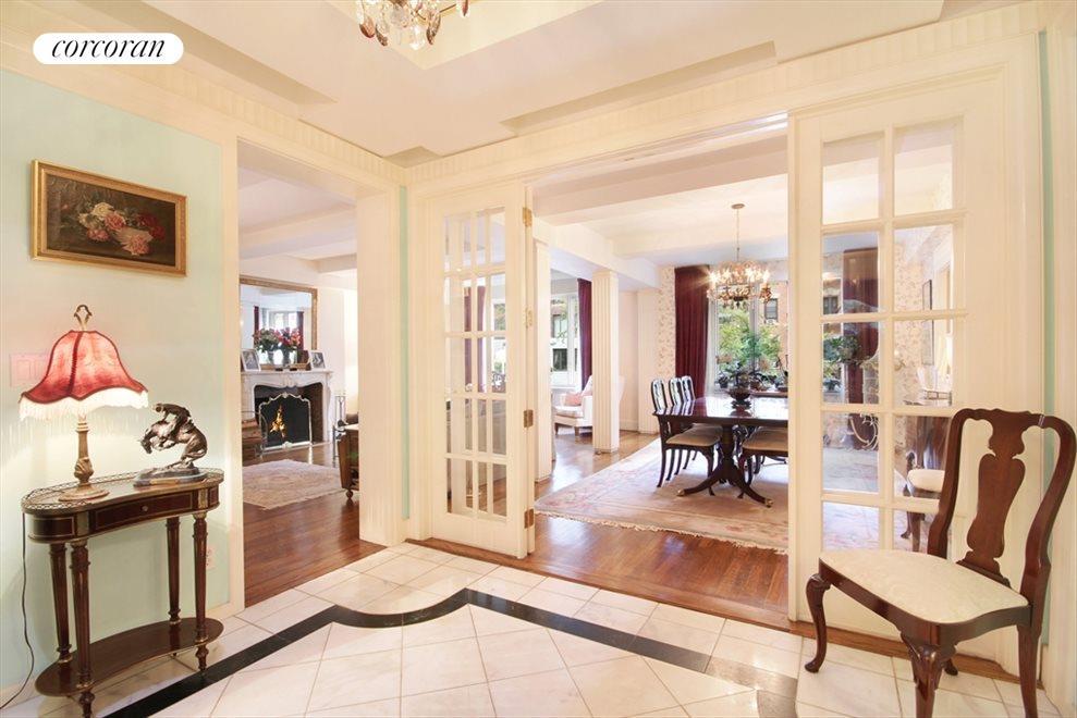 Elegant Entry Foyer