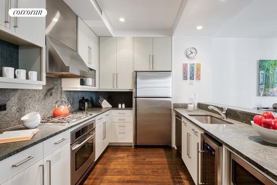 102 Fulton Street Seaport District New York NY 10038