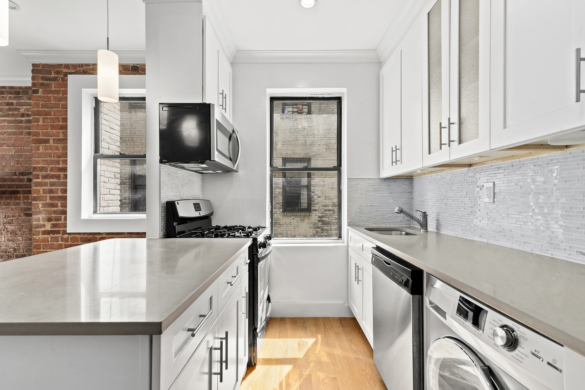 21-28 35th Street Astoria Queens NY 11105