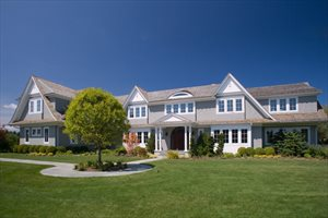 104 Halsey Lane, Bridgehampton
