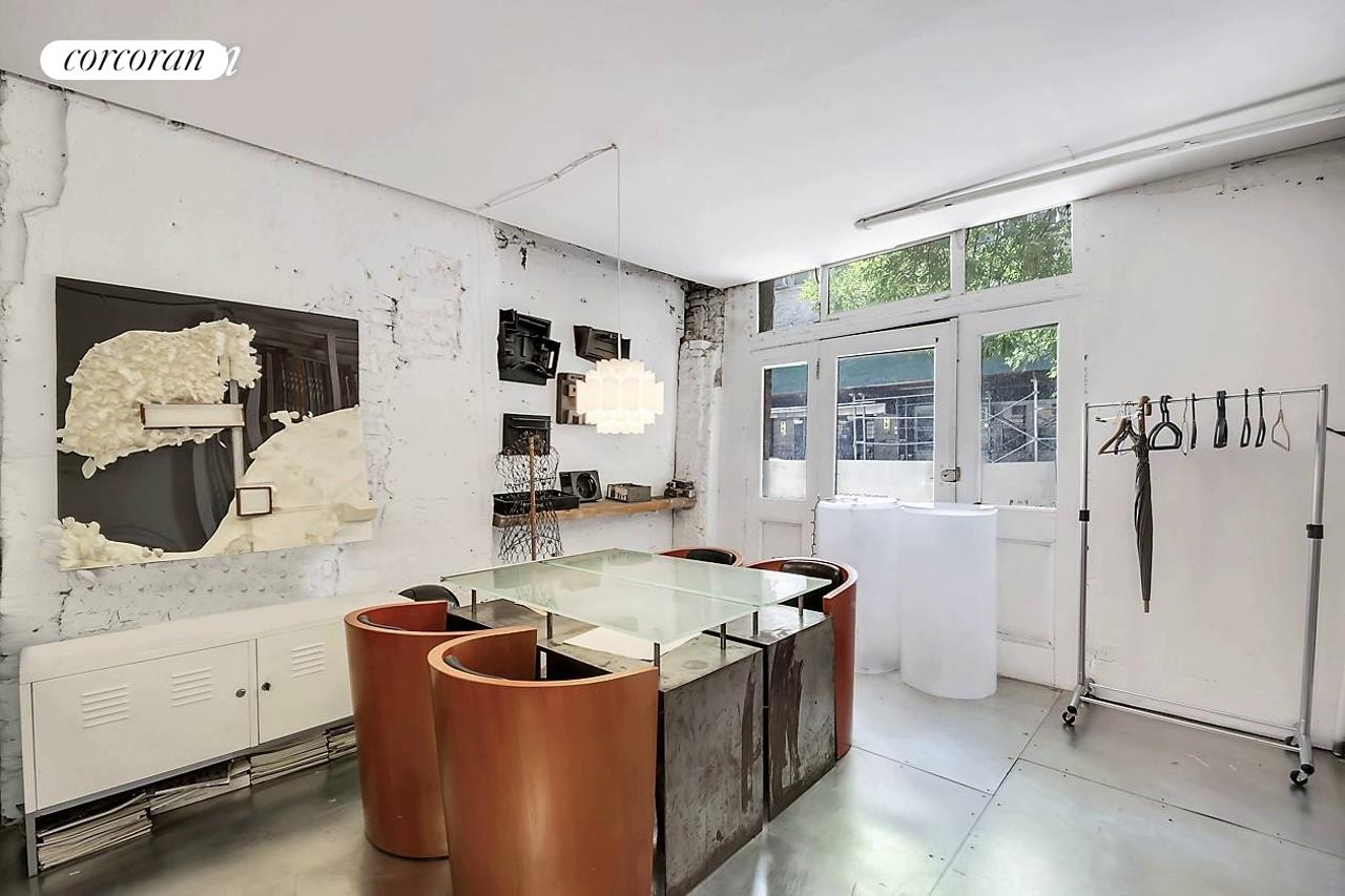 225 East 21st Street Gramercy Park New York NY 10010