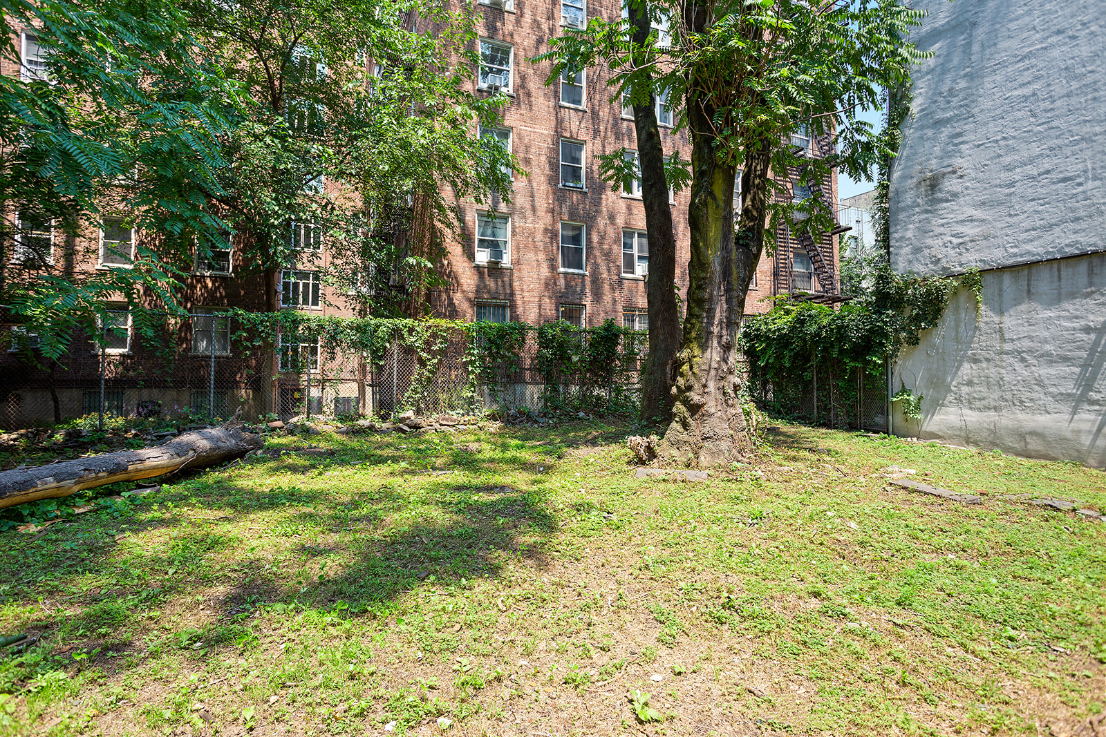 162-164 East 2nd Street E. Greenwich Village New York NY 10009