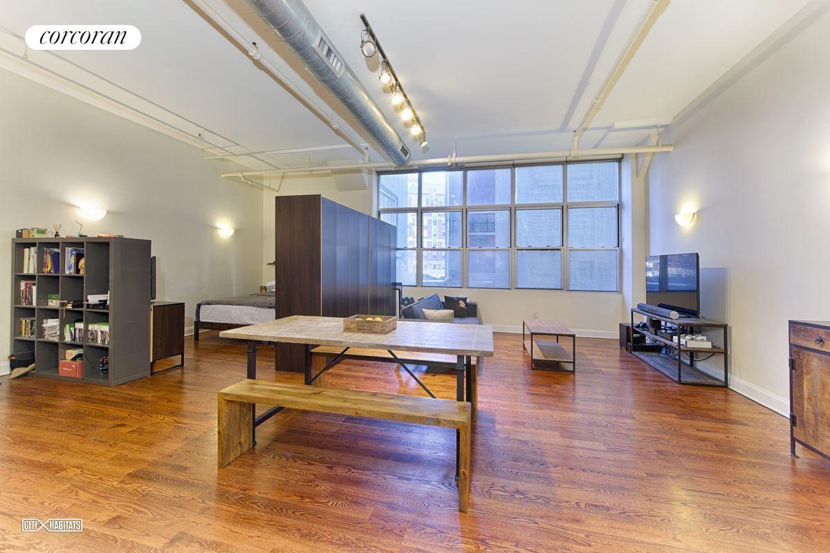 176 JOHNSON ST 3F, New York, NY 11201