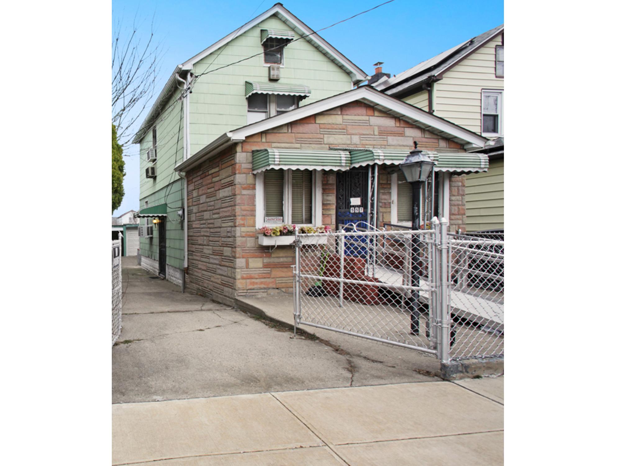 557 Montauk Avenue New Lots Brooklyn NY 11208