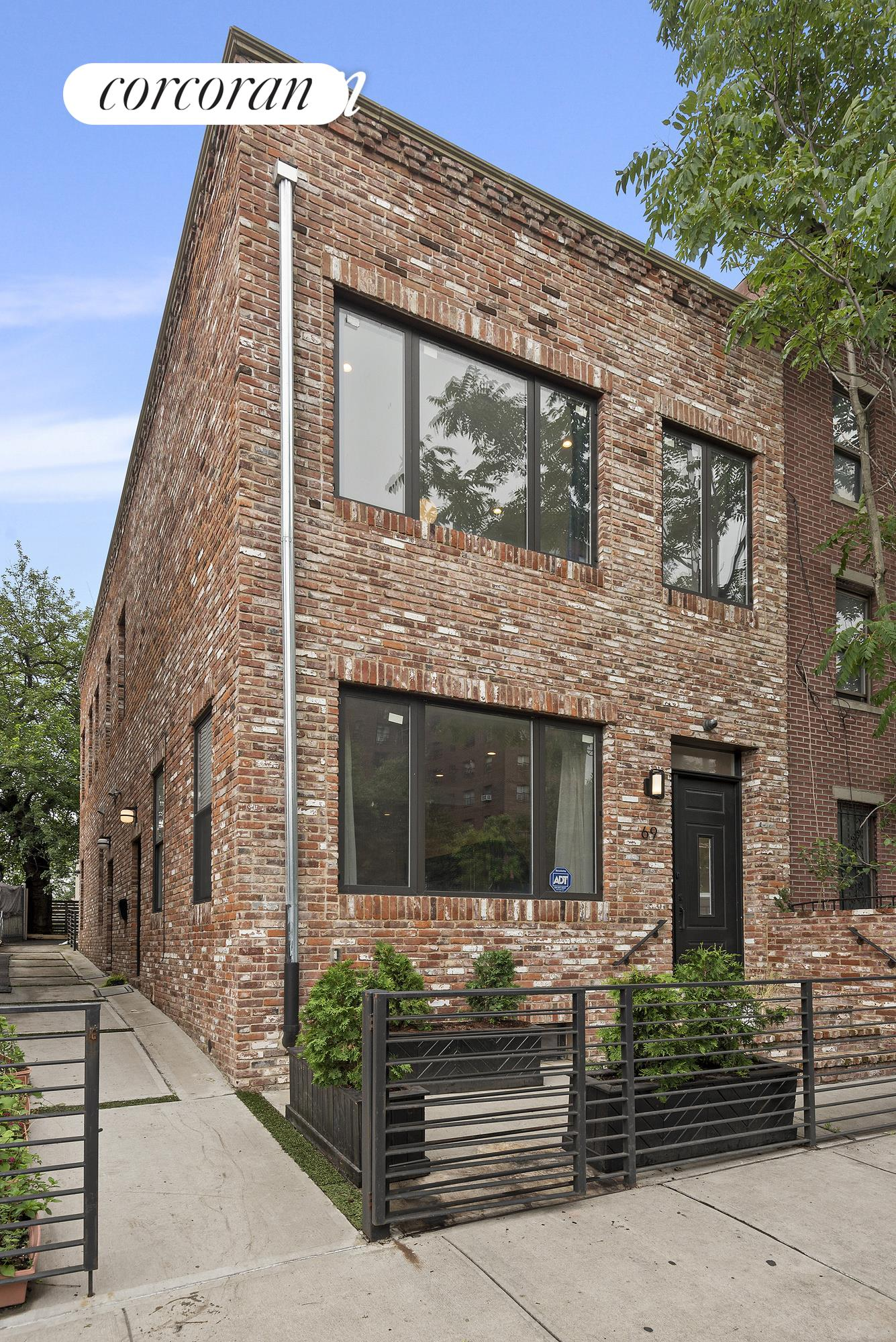 69 Carlton Avenue Fort Greene Brooklyn NY 11205