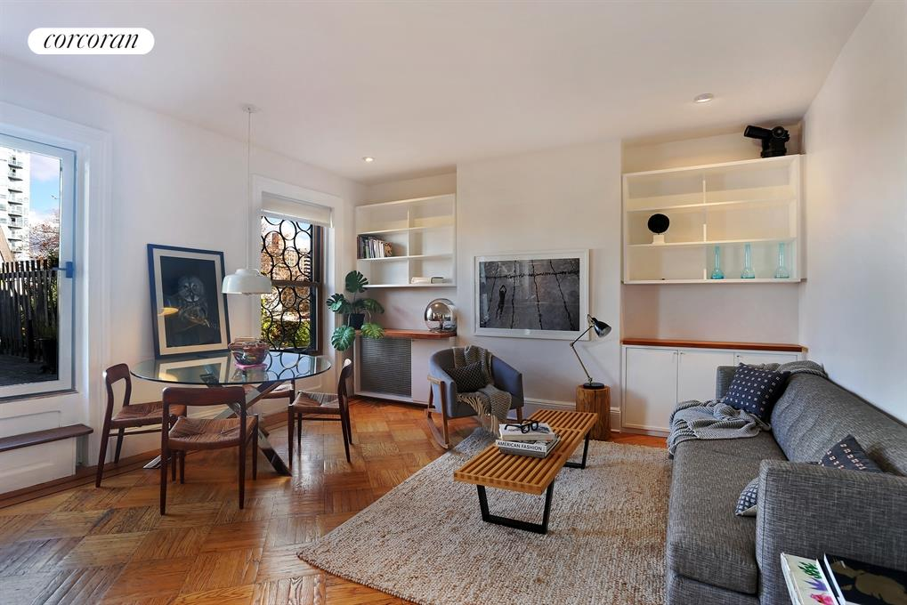 135 Clinton Avenue, 4, Living Room
