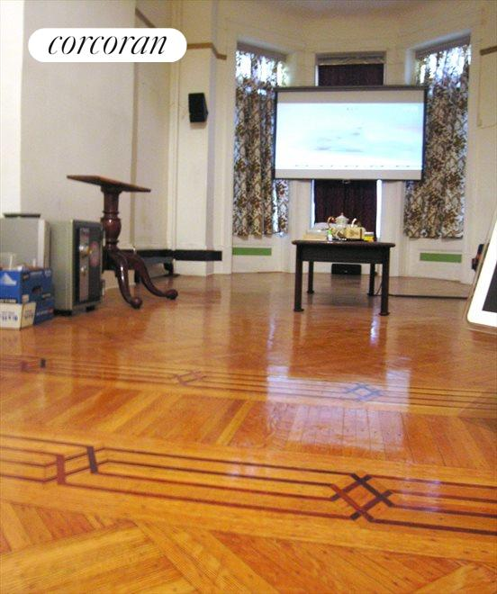 Parlor Floor front floor