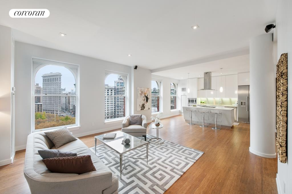 225 Fifth Avenue, PHS, Living Room