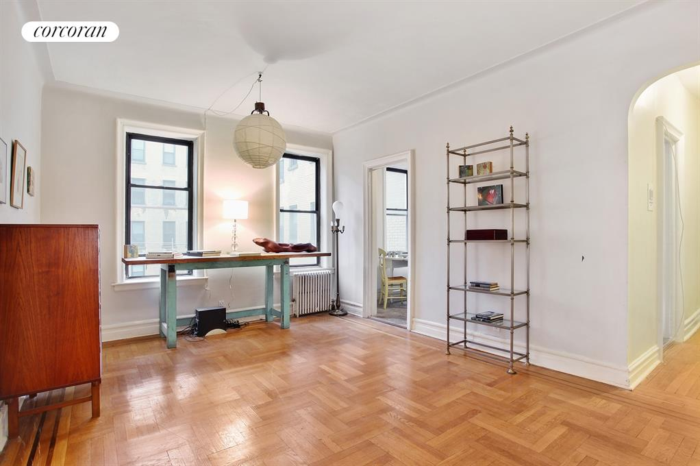 80 Winthrop Street, B4, Beautiful herringbone parquet